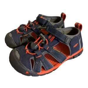 🆕 Keen Washable Hiking Sandals -  Boy's Size 10